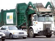 Garbage truck wikipedia 1